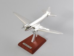 Douglas DC-3 - 1935