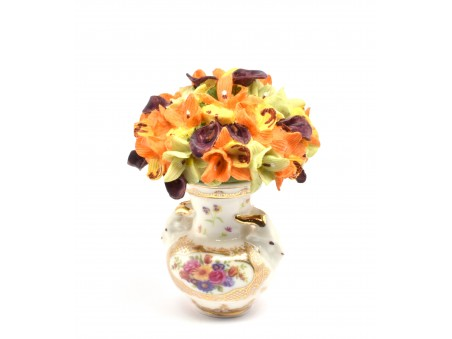 Flowers Pot In the style of Royal Porcelain