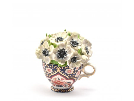 Flowers Pot Davenport-inspired Vase and Posy and rich pottery heritage