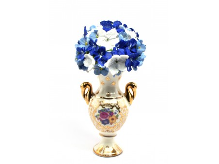 Flowers Pot inspired by timeless royal-flavoured designs